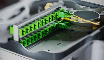 Installatore reti fibra ottica