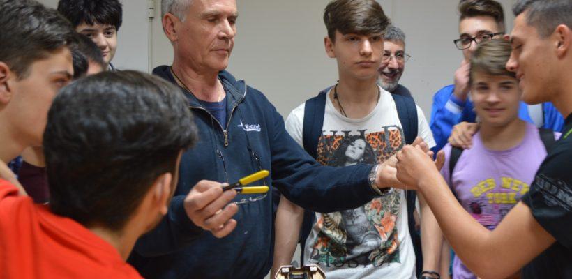 Fibernet dà il benvenuto all'IIS Galilei di Salerno